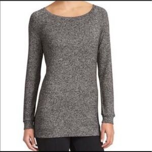 Athleta luxe long sleeve pullover heather gray L